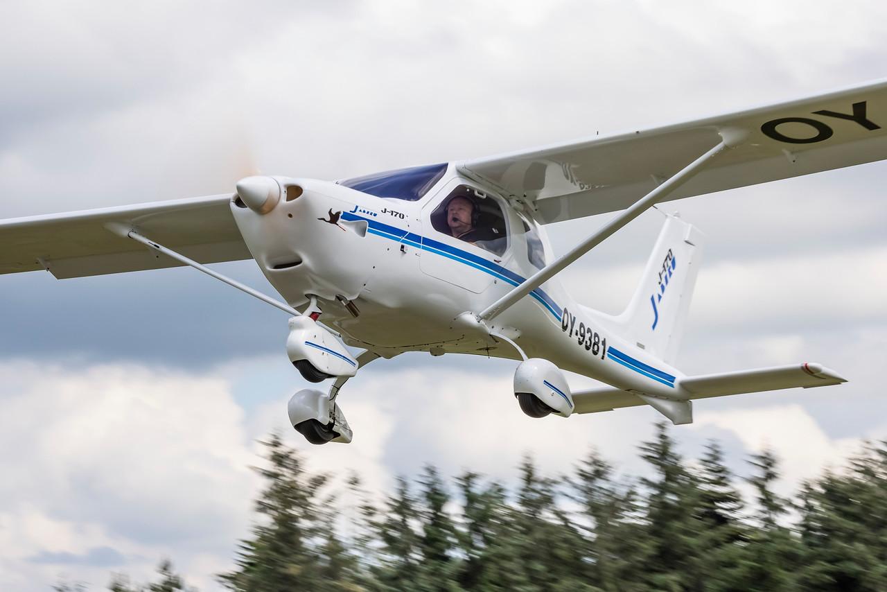 i-7wKgKxP-X2